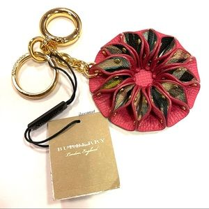 {Burberry} Plaid Plum Pink Key Gob Key Chain